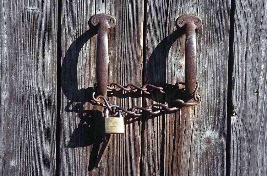"""Leis Espirituais""""Feche a Porta! O diabo quer entrar…"""""""