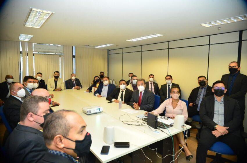Prefeitos discutem com Jonas Moura em Brasília sobre investimentos na saúde