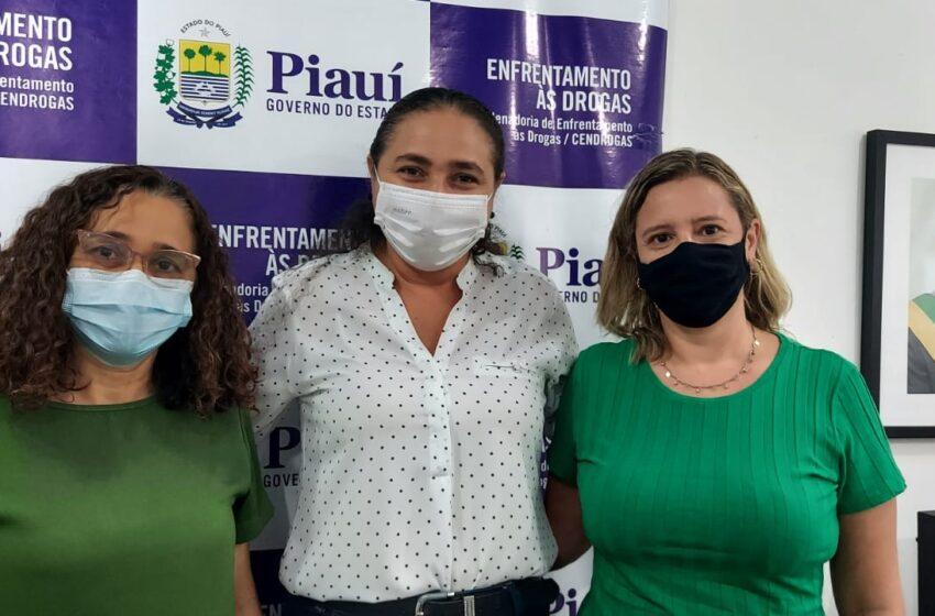 Cendrogas orienta municípios sobre Política contra Drogas