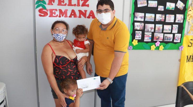 Serviço Social de Agricolândia entrega cartões Sasc Emergencial