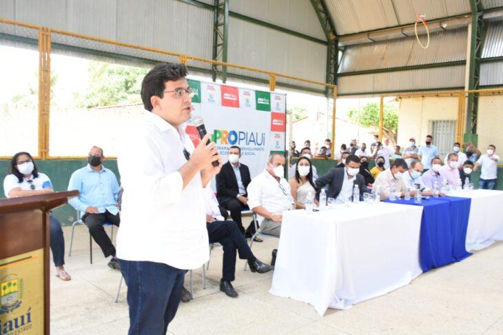 Governador autoriza obras em Pajeú do Piauí