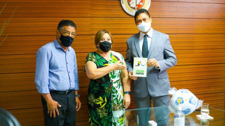 Ministério Público e Federação de Futebol lançam o Manual do Torcedor pela paz nos estádios