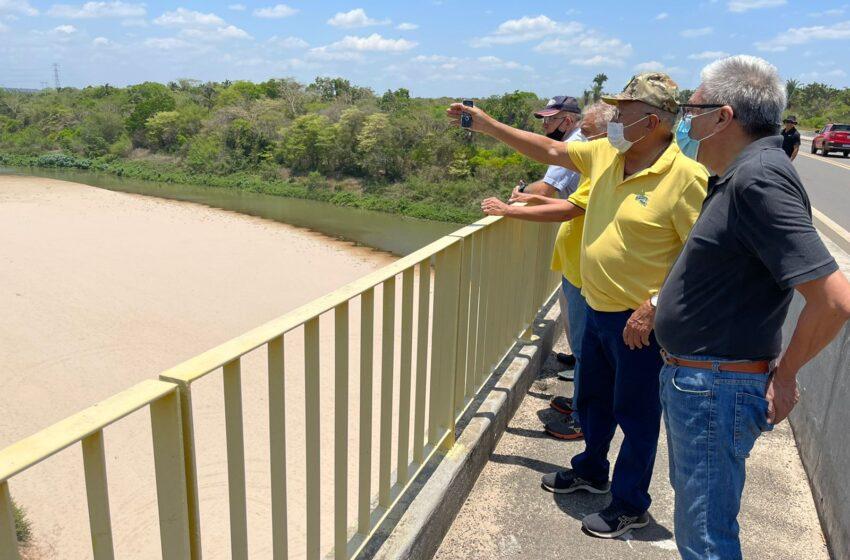 Dr. Pessoa visita canais do rio Poti e defende integração de bacias