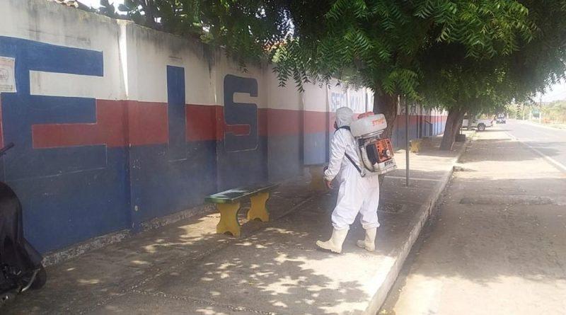 Prefeitura de Agricolândia realiza sanitização nas Escolas e nos ônibus escolares