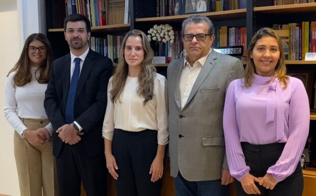 Daniele Aita é eleita presidente do Conselho Nacional de Entidades de Saúde dos Servidores Públicos