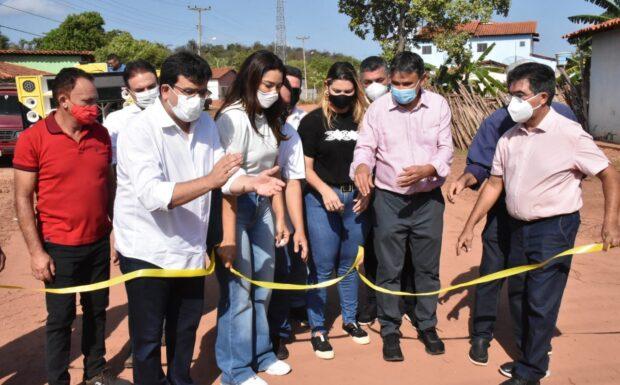 Governador inaugura e autoriza obras em Luzilândia e Morro do Chapéu